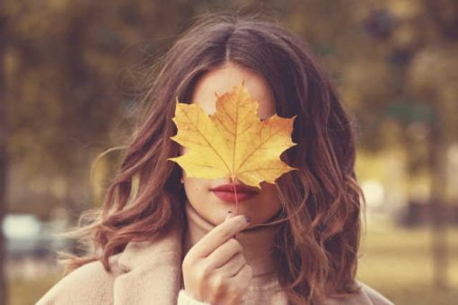 Flattering hairstyle ideas for autumn photoshoot