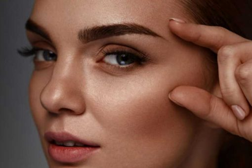 How to choose the right shape of eyebrows?